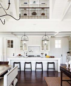 White Kitchen Interior Design With Modern Style 43 Home Design, Interior Design Kitchen, Kitchen Designs, Kitchen Ideas, Kitchen Inspiration, Inspiration Wall, Interior Modern, Scandinavian Interior, Kitchen Layout
