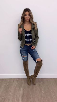 to Style a Utility Jacket women's fall fashion Preppy Outfits, Fall Fashion Outfits, Fashion Night, Edgy Outfits, Autumn Fashion, Womens Fashion, Fashion Black, Looks Hippie, Online Clothing Boutiques