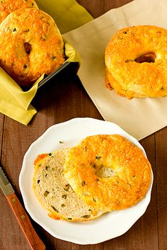 Jalapeno Cheddar Bagels.  (1) From:  Brown Eyed Baker (2)  Webpage has convenient Pin It Button