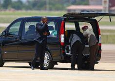 Nelson Mandela's remains left Pretoria aboard a Hercules transport plane en route to Mthatha, ahead of his burial at Qunu. Nelson Mandela, Hercules, News, Gallery, Roof Rack