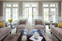 How To: Use the Rule of Three in Living Room Decor For Wow-Worthy . Living Room Decoration decorating a long living room Living Room Decor Pictures, Rooms Home Decor, Decor Room, Living Room On A Budget, Living Room Remodel, Living Rooms, Living Room Accessories, French Country Living Room, Paint Colors For Living Room