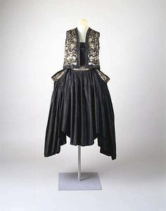 """""""Ko.I.Noor""""  House of Lanvin (French, founded 1889)  Designer: Jeanne Lanvin (French, 1867–1946) Date: spring/summer 1927 Culture: French"""