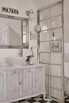 bathroom dividing wi