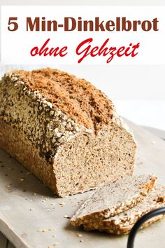 Dinkelbrot mit einer Zubereitung von nur 5 Minuten, dann kommt das Brot direkt i… Spelled bread with a preparation of only 5 minutes, then the bread comes directly into the oven and is baked for about 50 minutes, no walking time needed before. Easy Cake Recipes, Pumpkin Recipes, Pizza Recipes, Bread Recipes, Baking Recipes, Cookie Recipes, Dessert Recipes, Desserts, Chocolate Cake Recipe Easy