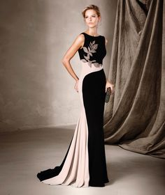 Perfect For Bridesmaids, Parties & Stylish Celebrations – The 2017 Cocktail Collection By Pronovias Pronovias Cocktailkleid-Kollektion Formal Evening Dresses, Elegant Dresses, Evening Gowns, Prom Dresses, Evening Party, Beautiful Gowns, Beautiful Outfits, Mothers Dresses, Groom Dress