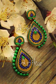 Doesn't look like polymer clay? Terracotta Jewellery Making, Terracotta Jewellery Designs, Terracotta Earrings, Thread Jewellery, Fabric Jewelry, Clay Earrings, Polymer Clay Jewelry, Teracotta Jewellery, Biscuit