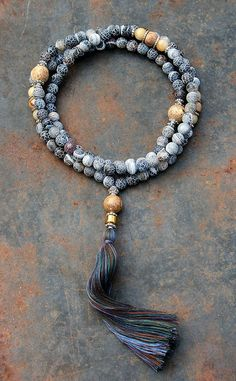 Frosted Agate Mala necklace - made by look4treasures