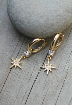 Starburst Gold huggies hoops, Cubic zirconia small Hoops earrings with cz diamond North Star charms, clear stones, tiny dainty dangle drop Jewelry Tags, Cute Jewelry, Jewelery, Silver Jewelry, Jewelry Accessories, Jewelry Design, Antique Jewelry, Vintage Jewelry, Jewelry Armoire