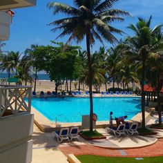 Foto: @adrianfmorales4  www.hotellasamericas.com.co  #ElHoteldeLasEstrellas #Cartagena #Colombia #Caribbean # Outdoor Decor, Instagram Posts, Home, Cartagena Colombia, Caribbean, Pictures, Blue Prints, Ad Home, Homes