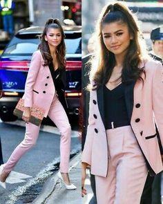 Pink Suits Women, Zendaya Mode, Zendaya Style, Zendaya Fashion, Wedding Jacket, Pantsuits For Women, Prom Outfits, Blazer And Shorts, Short Suit