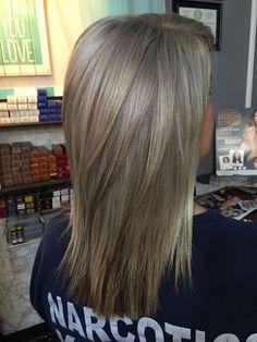 By Tayler Nama - Hair Beauty - hadido Medium Layered Hair, Medium Hair Cuts, Medium Hair Styles, Short Hair Styles, Ash Blonde Hair, Hair Color And Cut, Mode Outfits, Hair Day, Pretty Hairstyles
