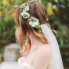 A Delicate White Flower Crown | Wedding Hairstyle