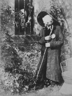 Study in Bonaly. Eddie Ochiltree, 1840s by David Octavius Hill and Robert Adamson