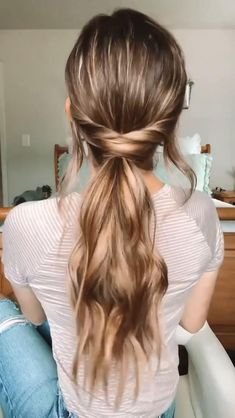 Work Hairstyles, Easy Hairstyles For Long Hair, Pretty Hairstyles, Everyday Hairstyles, Medium Length Curled Hairstyles, How To Ponytail Hairstyles, Hairstyles For Nurses, Half Up Half Down Hairstyles, Easy Hairstyles Tutorials