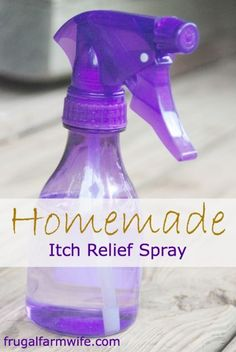 Homemade Itch Relief Spray cup aloe vera gel cup witch hazel drops tea tree oil drops lavender, chamomile, or other skin-soothing essential oil (optional) Aloe Vera, Home Remedies, Natural Remedies, Itching Remedies, Health Remedies, Cellulite, Just In Case, Just For You, Anti Itch Cream