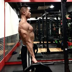 Romanian squats + back squat supersets #motivation #gym #muscle #hunk #gay