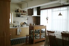 Dining Area, Kitchen Dining, Kitchen Shelves, Kitchen Interior, Ideal Home, Living Spaces, New Homes, House Design, Table