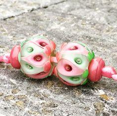 Handmade lampwork glass beads by Anu Luht by artsbylaluna Jewelry Making Beads, Glass Jewelry, Glass Beads, Silver Jewelry, Silver Rings, Jewellery, Polymer Clay Beads, Lampwork Beads, Beads Pictures