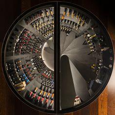 With a glass hatch, the round wine cellar is a perfect .- Avec une trappe en verre, la cave à vin ronde est un parfait lieu de stockage d… With a glass hatch, the round wine cellar is a perfect design and modern storage place for your bottles. Wine Cellar Basement, Cellar Design, Vine Design, Storage Places, Staircase Design, House In The Woods, Whisky, Concrete, New Homes