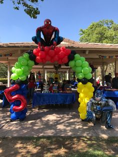 Spidey to the rescue! This Superhero Arch was perfect for this 5 year old boy's birthday bash. 3 Year Old Birthday Party Boy, Birthday Themes For Boys, Superhero Birthday Party, Birthday Bash, Birthday Party Themes, Birthday Ideas, Spider Man Party, Fête Spider Man, Avenger Party