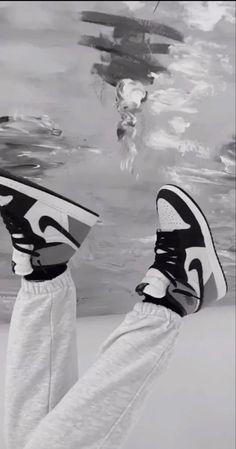 Gray Aesthetic, Black Aesthetic Wallpaper, Aesthetic Shoes, Black And White Aesthetic, Black Nike Wallpaper, Black And White Picture Wall, Black N White, Black And White Pictures, Cute Nike Shoes