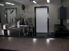 Ridiculous homebrew setup... Guy did an addition to his house, complete w/ bar area, tv, etc.