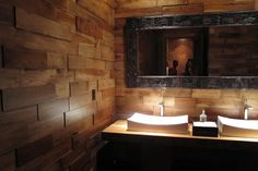 This contemporary bathroom has gorgeous wood paneling that is more chic than rustic. Wood walls, typical of rustic style, give warmth to sleek contemprary spaces. Rustic Walls, Wood Walls, Rustic Wood, Wood Flooring, Wood Paneling, Veranda Interiors, Post Contemporary, Spanish Style Decor, Wall Design