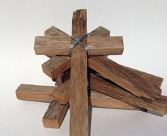 Large Yellow Wood Cross with Rustic Rose and by DiaMorDecor Barn Wood Crafts, Old Barn Wood, Wooden Crafts, Diy Crafts, Pallet Cross, Bird House Plans Free, Rustic Cross, Wooden Crosses, Christmas Wood