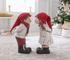 Figura de niño navideño beso 53,5cm