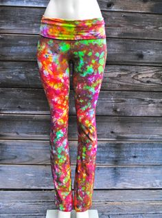 These truly are to DYE for Tie Dye Pants, Tie Dye Fashion, Diy Crafts To Do, How To Dye Fabric, Tye Dye, Sport Wear, Fashion Outfits, Womens Fashion, Diy Clothes