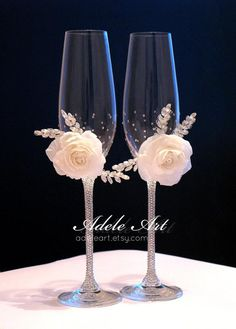 Personalized Champagne Wedding Flutes with rhinestones and white rose, Set of Wedding glasses, Bride and Groom, champagne glasses Champaign Glasses, Wedding Toasting Glasses, Wedding Flutes, Toasting Flutes, Wedding Champagne Flutes, Crystal Champagne, Decorated Wine Glasses, Wine Glass Crafts, Wedding Crafts