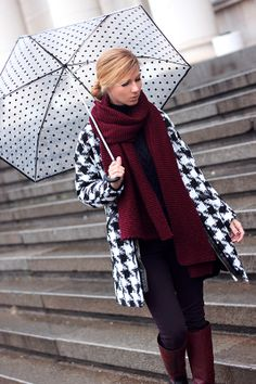 Houndstooth and polka dots/ coat- Sheinside http://www.sheinside.com/Black-White-Houndstooth-Round-Neck-Tweed-Coat-p-144722-cat-1735.html