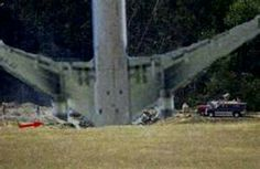 Pictures From September 11 Crash in Pennsylvania We Will Never Forget, Lest We Forget, Us History, American History, History Channel, 11 September 2001, Historia Universal, World Trade Center, God Bless America