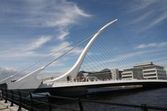 dublino ponte sul fiume