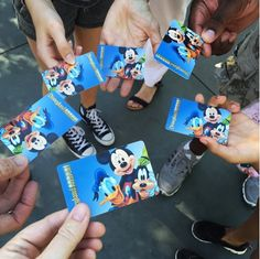 10 Moments of Disney Magic you won't want to miss this Summer! Summertime is one of the most popular times to visit Disneyland Resort and. Disneyland 2015, Disneyland Resort, Downtown Disney, Summer Bucket Lists, Disney Magic, Summertime, Things To Do, Make It Yourself, Top