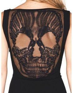 """""""Dos et dentelles black lace tattoo"""" par le Reliquaire http://lereliquaire.fr/letsgetweird/dos-dentelles-black-lace-tattoo/"""