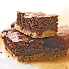 With a dense shortbread base and a rich, chewy chocolate-chip brownie on top, these irresistible bars combine two classic favorites./