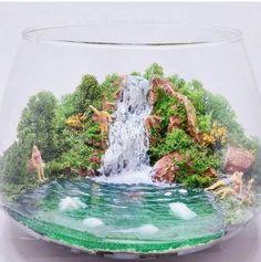 Mahmut Kırnık. 2638 Terrarium Scene, Garden Terrarium, Succulent Terrarium, Glass Garden, Air Plants, Indoor Plants, Plant Design, Garden Design, Small Water Gardens