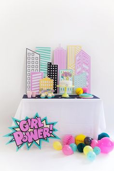 Tell Love and Party Shop Superhero Party Decorations, Girl Superhero Party, Party Themes, Batgirl Party, Batman Party, Hero Girl, Girl Birthday, Super Hero Birthday, Birthday Parties