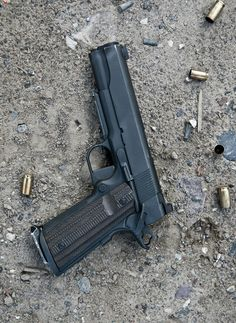 Looks like a dan wesson with ad on rail and mag well