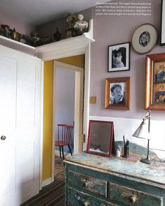 Bedroom @howe36bournestreet in @papersandpaints 'Dickens' House Pink' (if they still mix it). Series of self portrait paintings by Mary Ellen Best above an Irish C19th chest of drawers @theworldofinteriors March 2004.