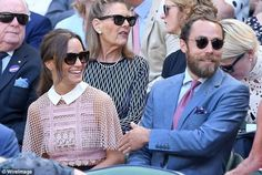 Pippa Middleton, arrived at Wimbledon in a a daring lace dress by Self Portrait, showing off her slim legs and tiny waist, as she watched Murray win with her younger brother James, Pippa Middleton Style, James Middleton, Pippa And James, Kate And Pippa, Kim Murray, Pippas Wedding, Topshop Maternity, James Matthews, White Lace Skirt
