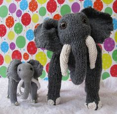 Elsie Elephant and Baby Elvis Knitting pattern by madmonkeyknits Knitted Stuffed Animals, Knitted Bunnies, Elephant Stuffed Animal, Knitted Animals, Baby Elephant, Animal Knitting Patterns, Christmas Knitting Patterns, Knit Patterns, Clothes Patterns