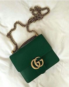 Today we are going to make a small chat about 2019 Gucci fashion show which was in Milan. When I watched the Gucci fashion show, some colors and clothings. Prada Handbags, Prada Bag, Handbags On Sale, Gucci Bags, Purses And Handbags, Ladies Handbags, Popular Handbags, Popular Purses, Gucci Clutch