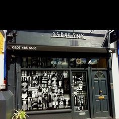 Hairdressers. London. 2012.