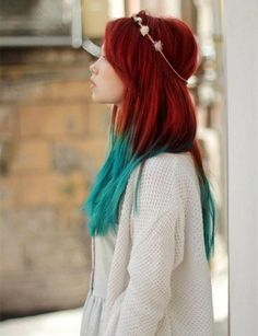 Amazing teal green ombre color with red brown hair~ Green + red, incredible hair color~ teal blue
