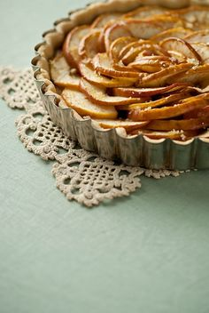 By Gobo Root Apple Tart