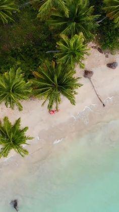 Honeymoon Photography, Travel Photography, Beautiful Islands, Beautiful Beaches, Travel Around The World, Around The Worlds, Places To Travel, Places To Go, Vacation Trips