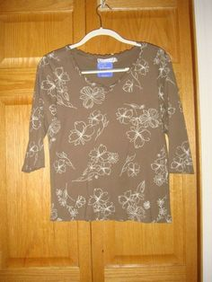 ab3e27d35ec FRESH PRODUCE Top S Cocca Sketched Floral Ruffle Collar Top NWT #fashion # clothing #shoes #accessories #womensclothing #tops (ebay link)
