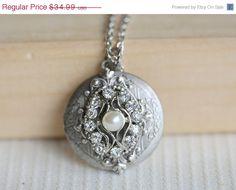 ON SALE Locket, Silver Locket, Locket,Rhinestone Locket,filigree locket necklac,Wedding Necklace,bridesmaid necklace